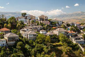 Autókölcsönzés Albánia, Gjirokasterben