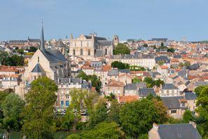 Autókölcsönzés Franciaország, Poitiersben